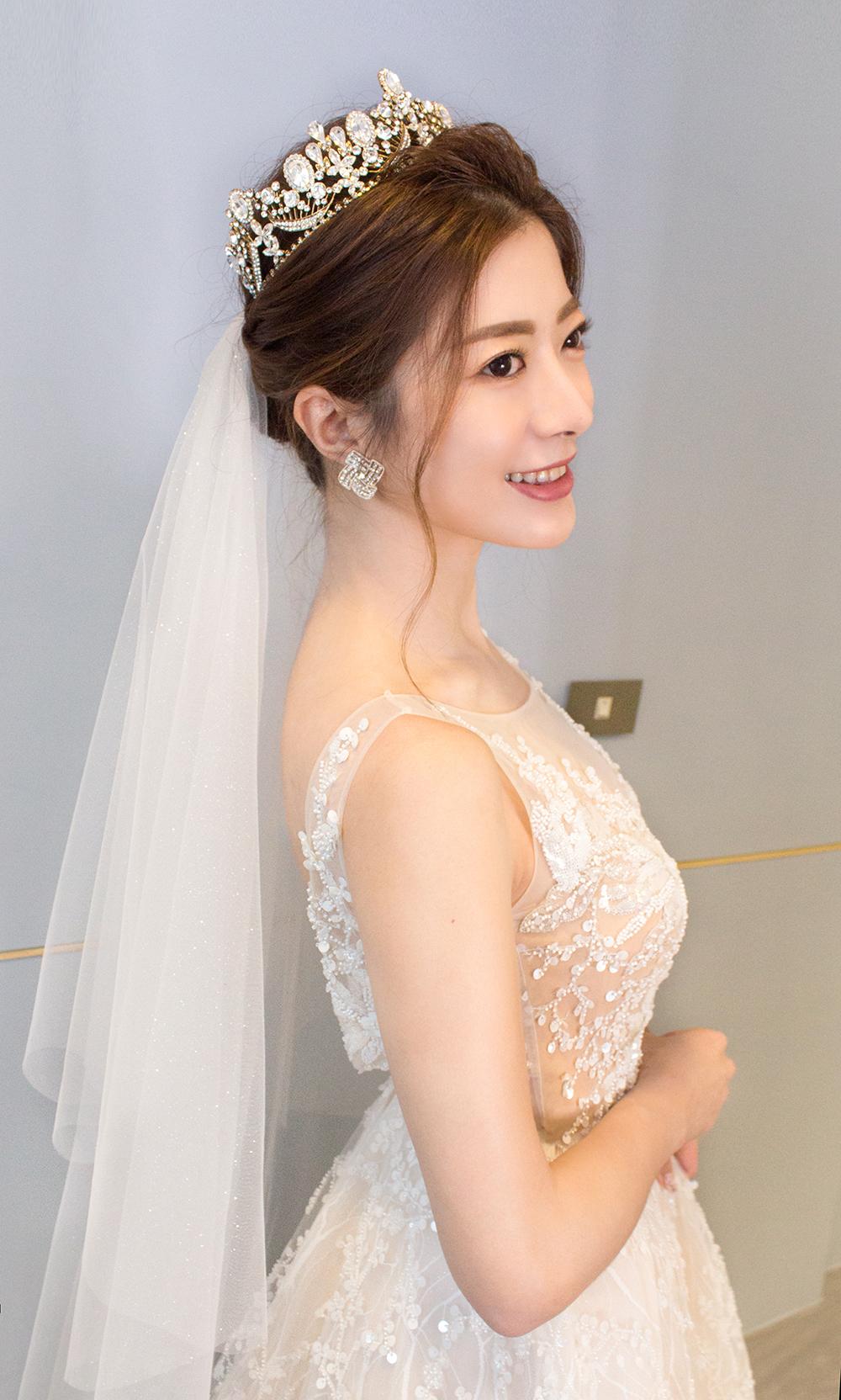 皇冠新娘造型